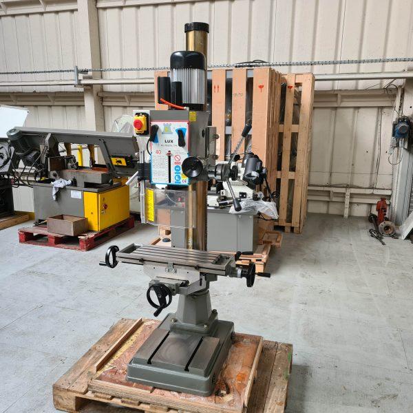 Lux R8 Pedestal Mill