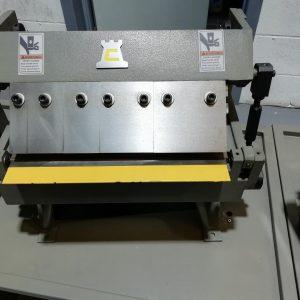 Ex Display 12″ Box and Pan Folder